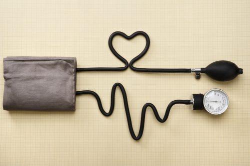 Các vấn đề về huyết áp cũng gây nên nhiều hiện tượng khó chịu