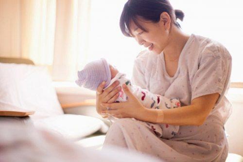 Mẹ bỉm sữa dễ bị trào ngược thực quản