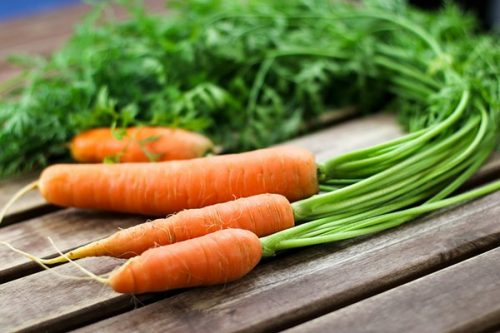 Đau đầu trị trào ngược dạ dày, bạn đã thử sử dụng nước ép cà rốt chưa?