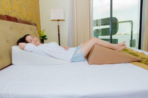Mẹo chữa trào ngược dạ dày gây mất ngủ cho người lớn