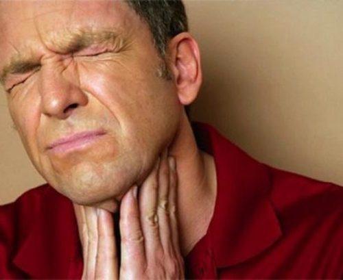 Nóng dạ dày thực quản khiến bạn mệt mỏi,ăn không ngon