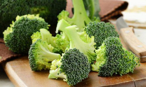 Rau xanh giúp làm mát dạ dày hiệu quả