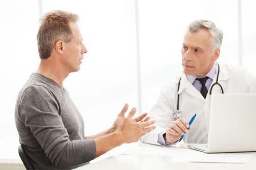 Cần tham khảo ý kiến bác sĩ về trào ngược