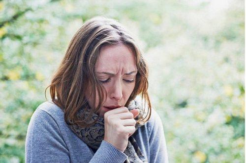 Bệnh trào ngược axit dạ dày gây buồn nôn