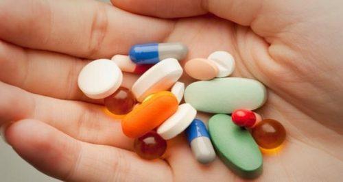 1 số loại thuốc có thể gây đầy bụng ợ hơi