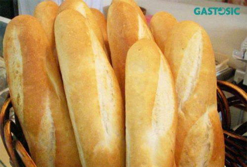 Bánh mỳ khô có thể giúp hấp thụ axit dư thừa