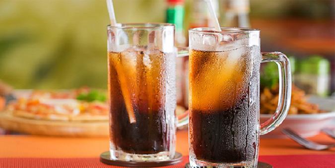 Đồ uống có gas khiến trào ngược dạ dày thực quản trầm trọng