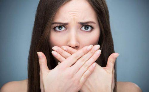 ợ hơi nấc cụt là hiện tượng gây nhiều khó chịu và bất tiện