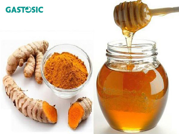 Tinh bột nghệ kết hợp với mật ong