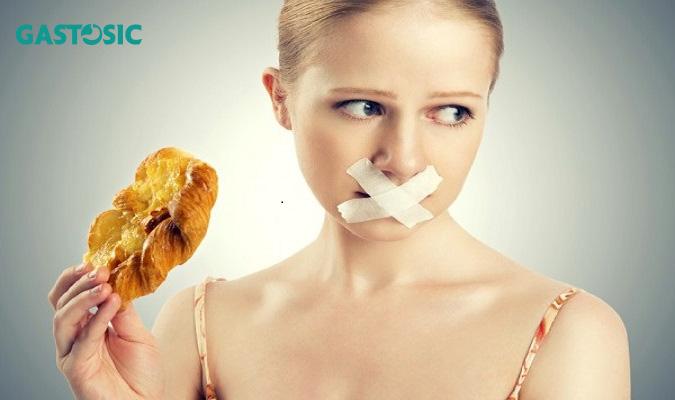 Trào ngược dạ dày nên kiêng thực phẩm có dầu mỡ