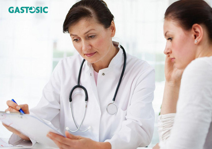 Khi gặp triệu chứng ợ chua thường xuyên nên thăm khám bác sĩ ngay