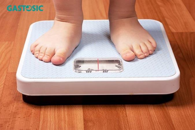 Duy trì cân nặng hợp lý giảm chứng ợ nóng