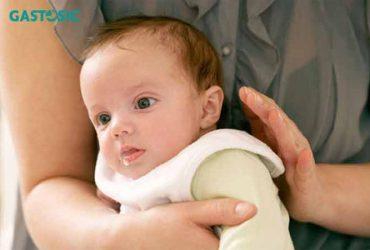 Ợ hơi sau bú ở trẻ là thế nào ? chữa ợ hơi cho trẻ ra sao ?