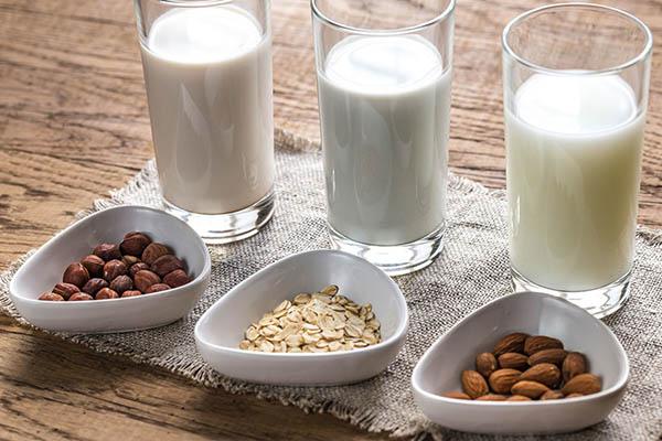 Trào ngược dạ dày có nên uống sữa không?